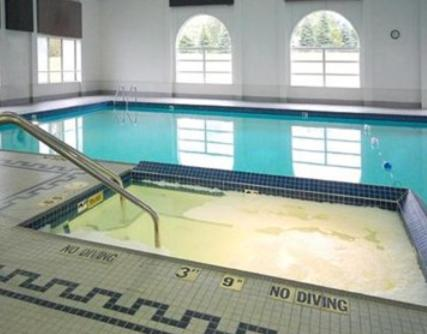 The swimming pool at or near Dunes Express Inn and Suites