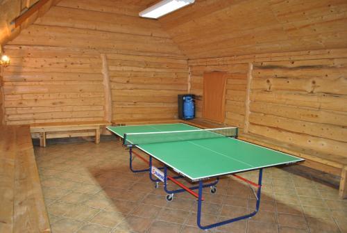 Tenis stołowy w obiekcie Rancho Tenisowe lub pobliżu