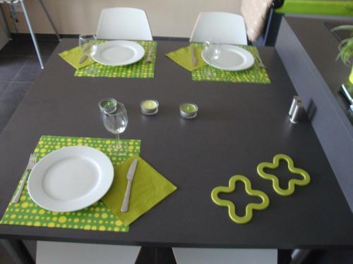 Restaurant ou autre lieu de restauration dans l'établissement Studio 24 Oostende