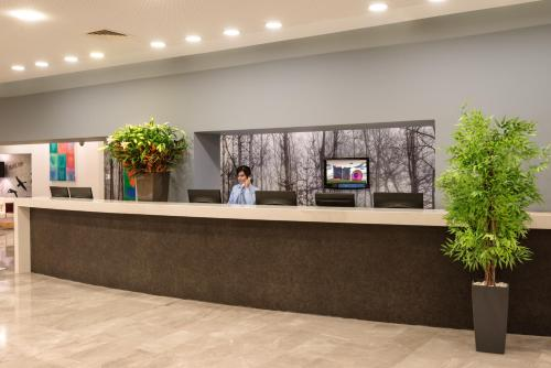 The lobby or reception area at Leonardo Plaza Ashdod
