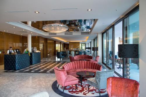 El vestíbulo o zona de recepción de Amadria Park Hotel Royal