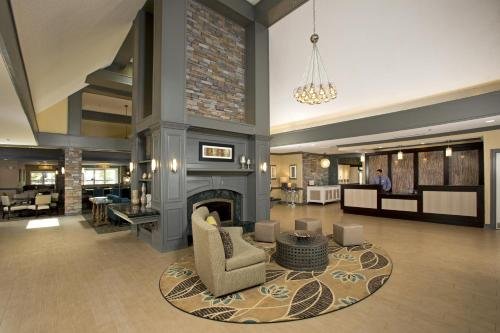 The lobby or reception area at Homewood Suites by Hilton Alexandria