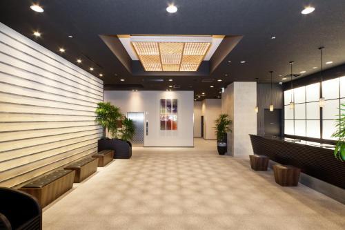 The lobby or reception area at HOTEL MYSTAYS PREMIER Kanazawa