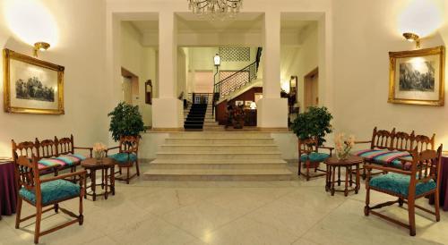 The lobby or reception area at Hotel Victoria Maiorino