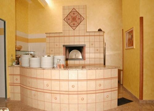 A bathroom at Hotel Ristorante Cordial