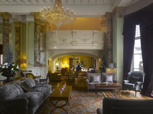 Hall o reception di Radisson Blu St. Helen's Hotel