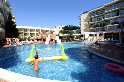 The swimming pool at or near Sunny Day Club Hotel