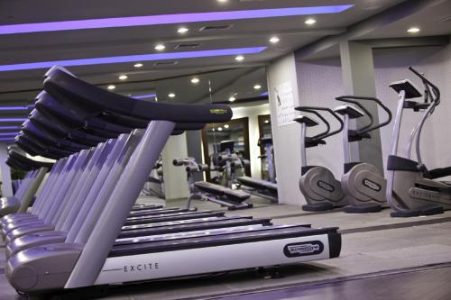 The fitness center and/or fitness facilities at Renaissance Aruba Resort & Casino