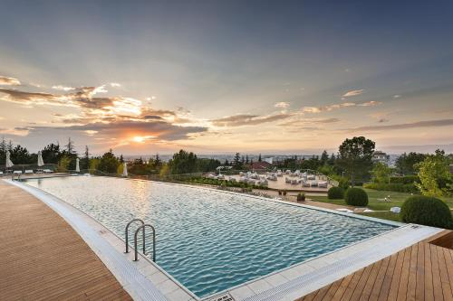 The swimming pool at or near Tasigo Eskisehir