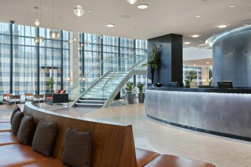The lobby or reception area at Hilton Liverpool City Centre