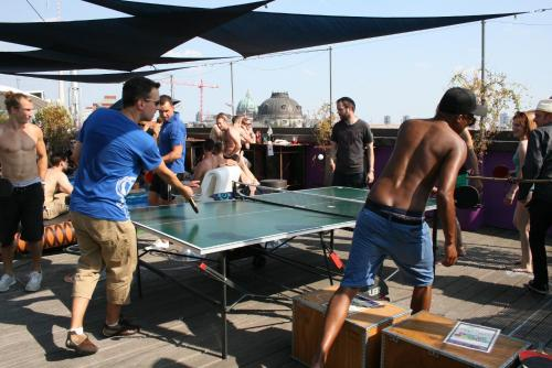 Ping-pong facilities at St Christopher's Inn Berlin Mitte or nearby