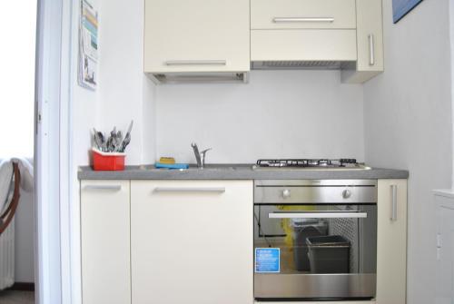 A kitchen or kitchenette at Lombardi Abbeveratoia