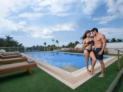 The swimming pool at or close to The Tides Hotel Boracay