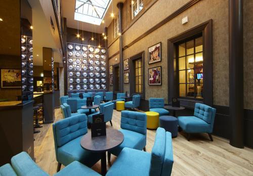 The lounge or bar area at Malmaison Glasgow