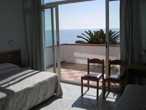 A balcony or terrace at Hotel Corallo