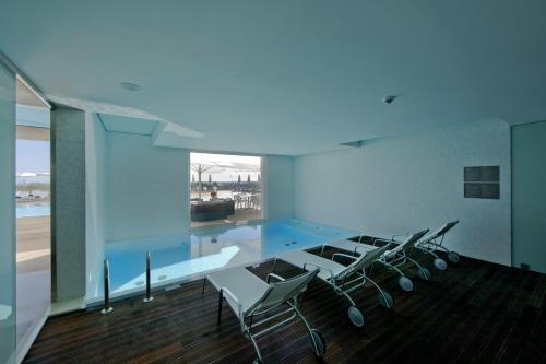 A piscina em ou perto de Pousada Palacio de Estoi – Small Luxury Hotels of the World