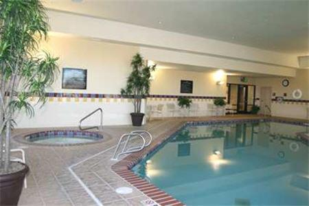 The swimming pool at or near Hampton Inn & Suites Mountain Home