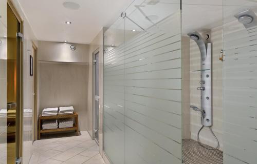Ein Badezimmer in der Unterkunft Flemings Hotel München-City