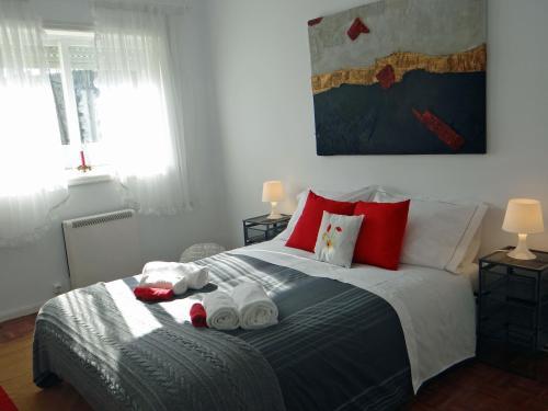 Uma cama ou camas num quarto em Meet Porto Apartment