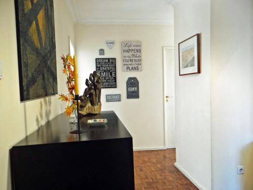 A área de receção ou átrio de Meet Porto Apartment