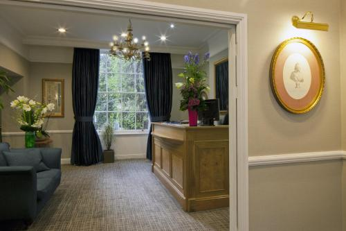 The lobby or reception area at Grange Portland Hotel