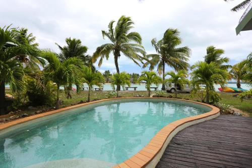 The swimming pool at or near Ranginuis Retreat