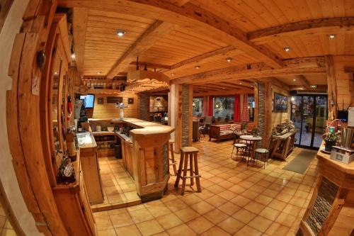 Restaurace v ubytování Fleur des Neiges
