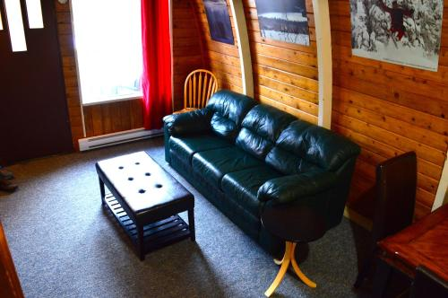 A seating area at Red Shutter Cabin