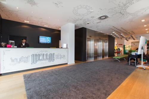 The lobby or reception area at Vincci Bit