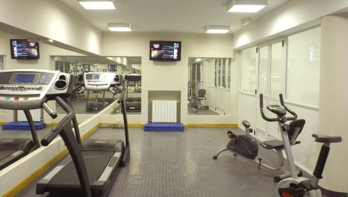 The fitness center and/or fitness facilities at Cilene del Faro Suites & Spa