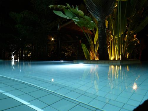 The swimming pool at or near Mealea Resort