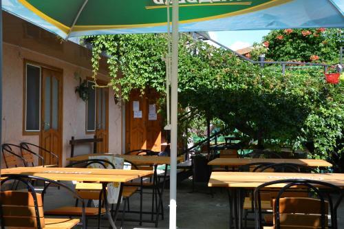 Ресторан / где поесть в Гостевой дом у Тещи