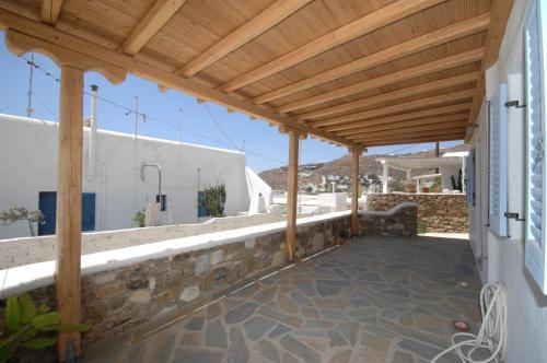 Ein Balkon oder eine Terrasse in der Unterkunft Asimina