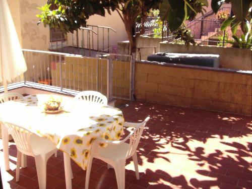 Patio o area all'aperto di Appartamenti Rio Marina