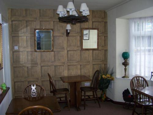 A seating area at Bridge House