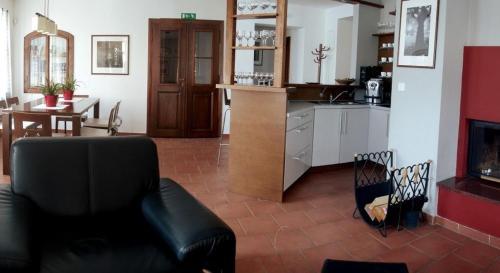 Kuchyň nebo kuchyňský kout v ubytování Klub Ifre