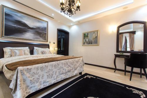 A room at Pearl Apartments