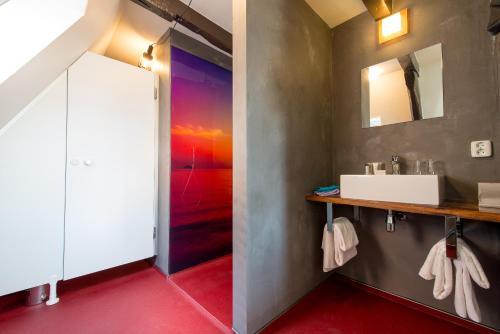 A bathroom at Boutique Hotel De Eilanden