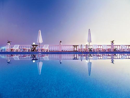 Πισίνα στο ή κοντά στο Hotel Akti Ouranoupoli Beach Resort