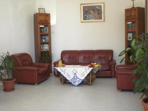 The lobby or reception area at Albergo Del Santuario