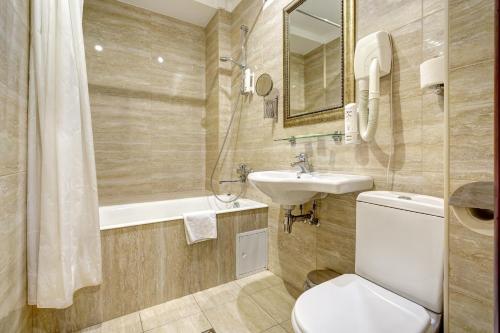 Ванная комната в Отель «Кристофф»