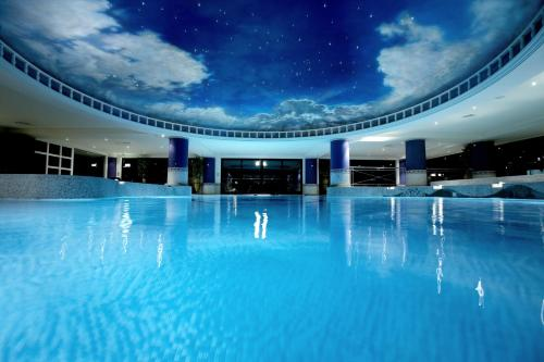 The swimming pool at or close to The Celtic Manor Resort