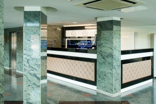 Лобби или стойка регистрации в Отель Лагуна