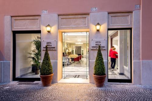The facade or entrance of Hotel Della Conciliazione