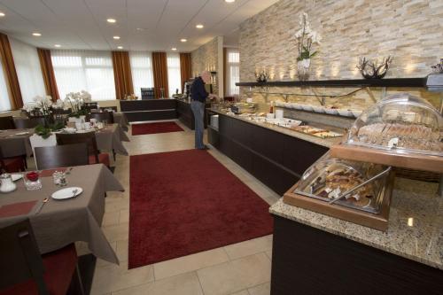 Ресторан / где поесть в Hotel Zur Schmiede