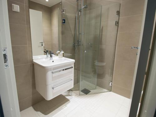 A bathroom at Frogner House Apartments - Odins Gate 10