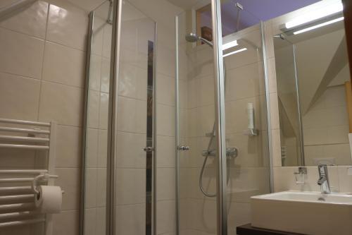Ein Badezimmer in der Unterkunft Hotel Domittner