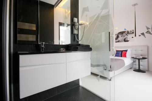 A bathroom at Hotel Magic