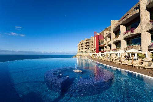 Het zwembad bij of vlak bij Gloria Palace Royal Hotel & Spa
