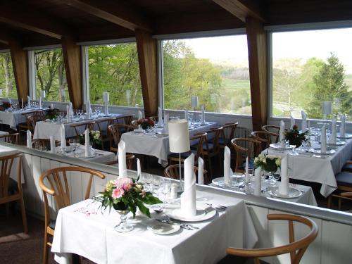 En restaurant eller et andet spisested på Rold Storkro